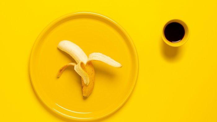 Selain image buah yang dinilai sehat, pisang juga mengenyangkan, dan bisa langsung dikonsumsi tanpa repot menyiapkannya.