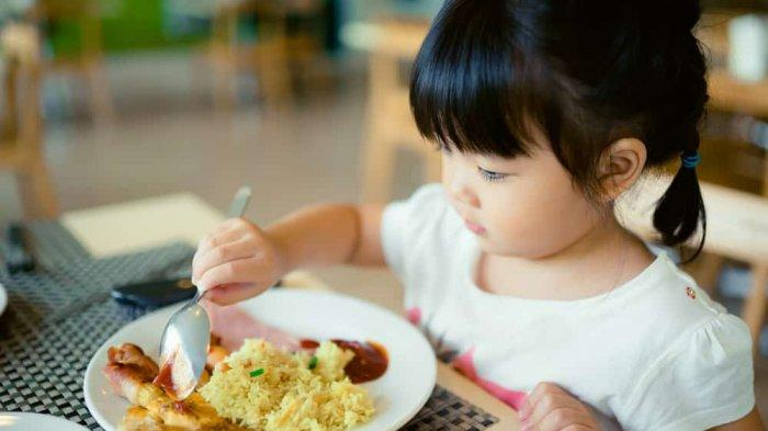 3 Tips Penuhi Nutrisi Si Kecil di Masa Pandemi
