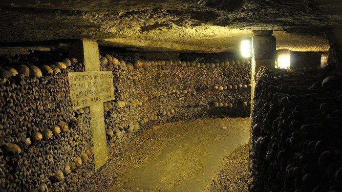 Catacombs of Paris, Lorong Bawah Tanah yang Menyimpan Tulang Belulang dari Jutaan Mayat