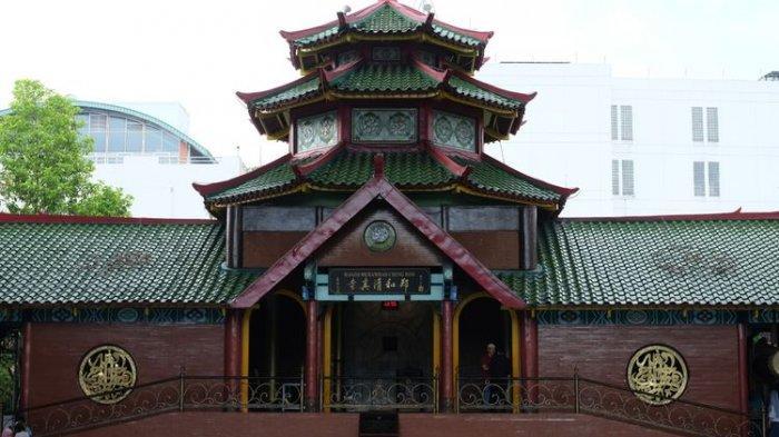 5 Masjid dengan Arsitektur Tionghoa di Indonesia