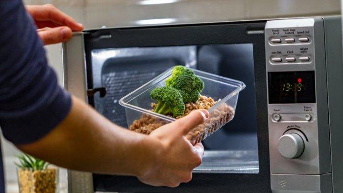Microwave, Alat Masak Canggih yang Ditemukan Secara Tidak Sengaja