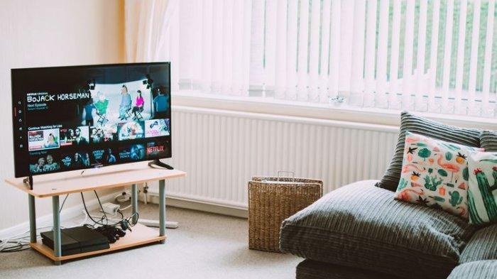 Jika Anda tidak ingin mengganti TV, Anda masih memiliki opsi untuk membuat TV yang ada menjadismart TV.
