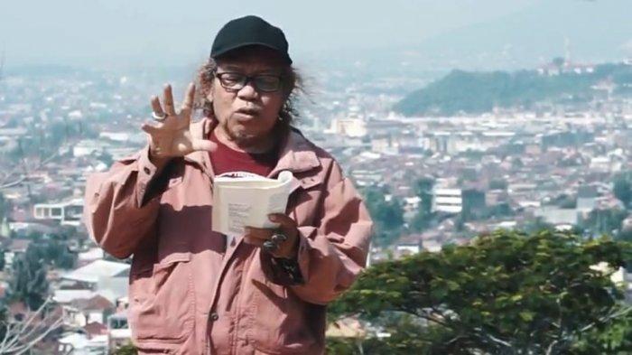 Potret penyair Lampung Isbedy Stiawan ZS.