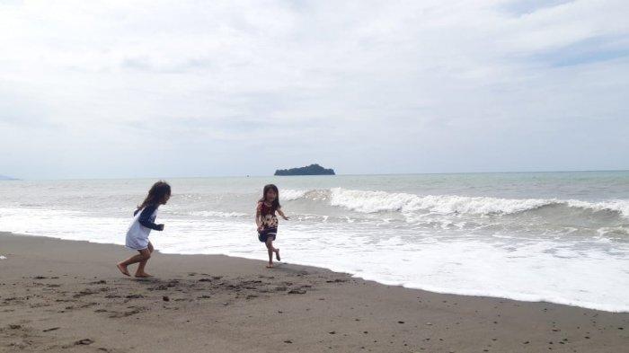 Pantai Lolak, Bolmong, Sulut.