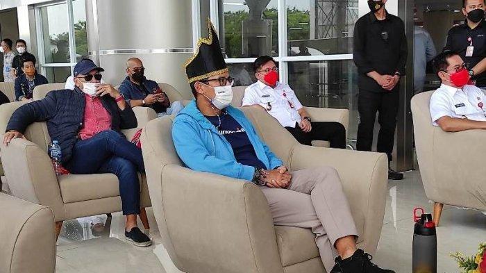 Menteri Pariwisata dan Ekonomi Kreatif (Menparekraf) RI, Sandiaga S. Uno tiba di Manado.