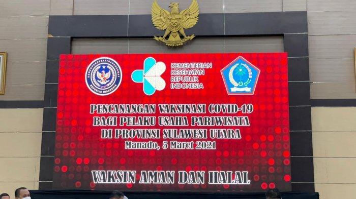 Vaksinasi pelaku Parekraf di Graha Bumi Beringin, Manado, Sulawesi Utara, Jumat (5/3/2021).
