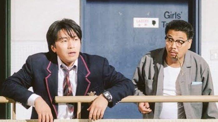 Ng Man-tat bersama Stephen Chow dalam film Fight Back to School.