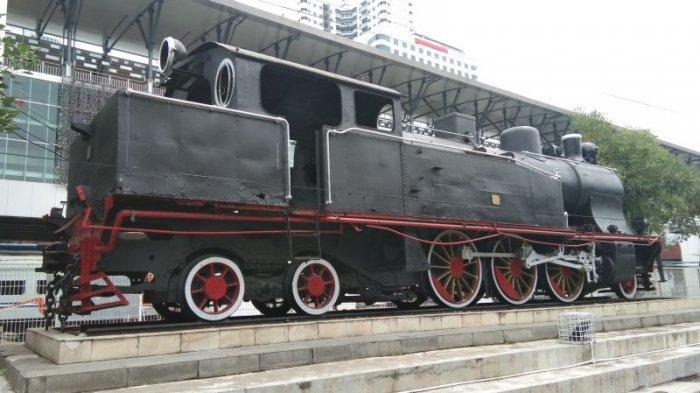Monumen Lokomotif Deli Spoorweg Maatschappij (DSM) 38 - monumen-lokomotif-dsm-38_tribunmedan.jpg