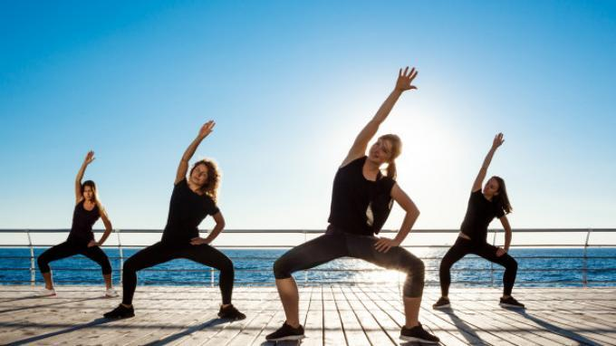 ILUSTRASI ZUMBA: Inilah 10 Manfaat Zumba, Cara Efektif Bakar Kalori dan Lemak serta Meningkatkan Mood