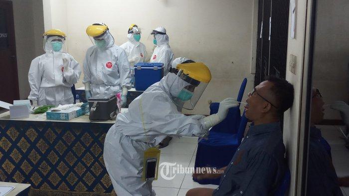 Warga DKI yang Tolak Swab Test dan Vaksin Covid-19 Bakal Didenda Maksimal Rp 5 Juta