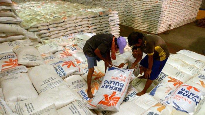 Dirut Bulog: Pandemi Corona Ikut Mengerek Naik Harga-harga Sembako