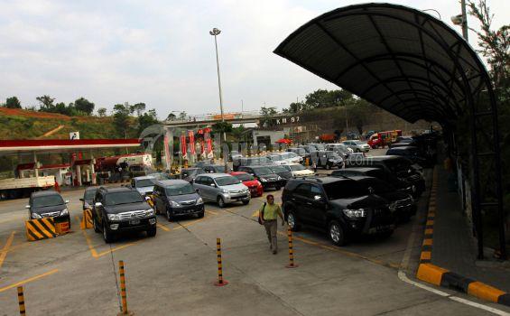 Rest Area Jadi Penyebab Kemacetan di Cipularang