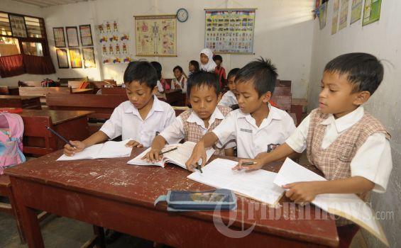 Hanya 6 Mata Pelajaran Untuk Sd Kelas 1 3 Tribunnews Com Mobile