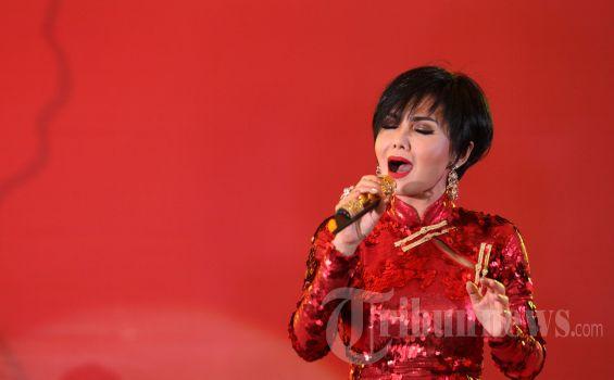 Lirik dan Chord Gitar Desember Kelabu - Yuni Shara: Bulan Madu yang Engkau Janjikan