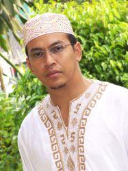 Sultan Brunei Sumbang Keluarga Almarhum Uje