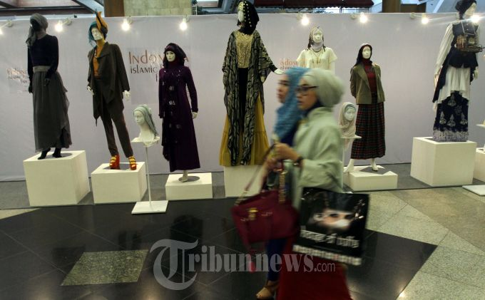 Selangkah Menjadi Desainer Busana Muslim