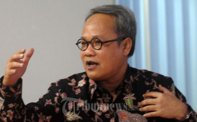 Mantan Wakil Ketua MPR : Menteri Jokowi Telah Menciptakan Tradisi yang Buruk