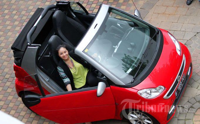 Smart Fortwo Mobil Berpenumpang Dua Orang 100 Km Cuma 4 5 Liter Bensin Tribunnews Com Mobile