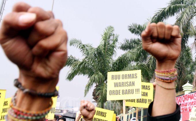 Pengesahan UU Ormas Dinilai Abaikan Resistensi Publik