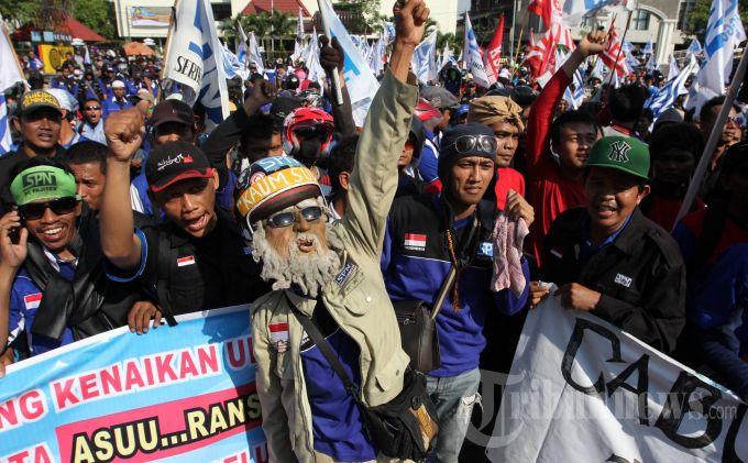 Ini 16 Buruh Demo Yang Dianiaya Preman