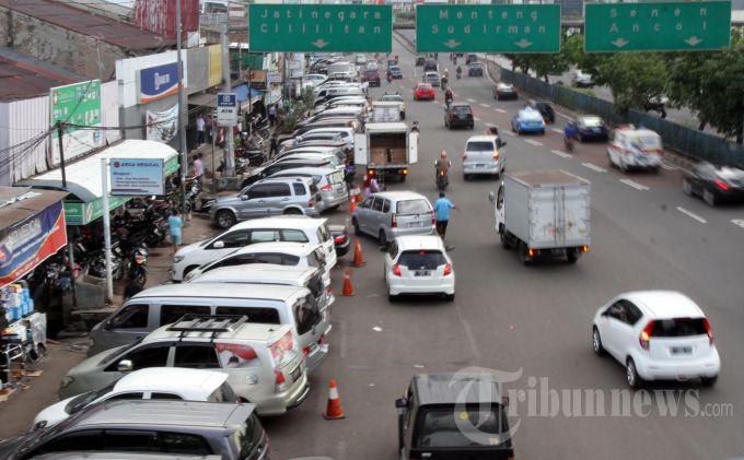 Gubernur Anies akan Umumkan Perubahan Tarif Parkir Baru di Jakarta
