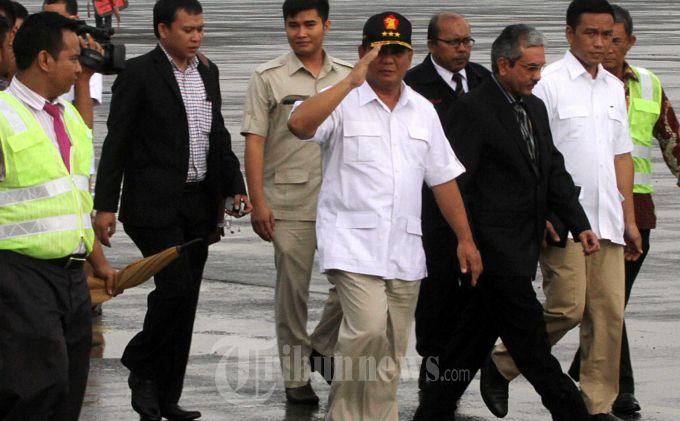 Hari Ini Prabowo Subianto  Dampingi Wilfrida Soik di Persidangan