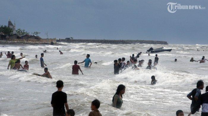 Peringatan Dini Gelombang Tinggi Hari Ini, Senin 1 Februari 2021: Waspada 7 Perairan Capai 6 Meter