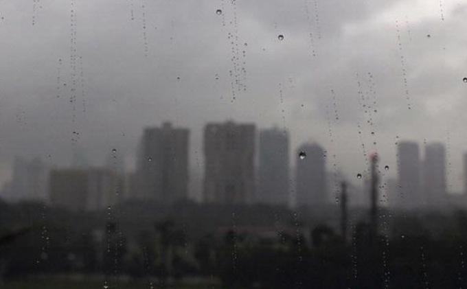 Hujan deras Jakarta