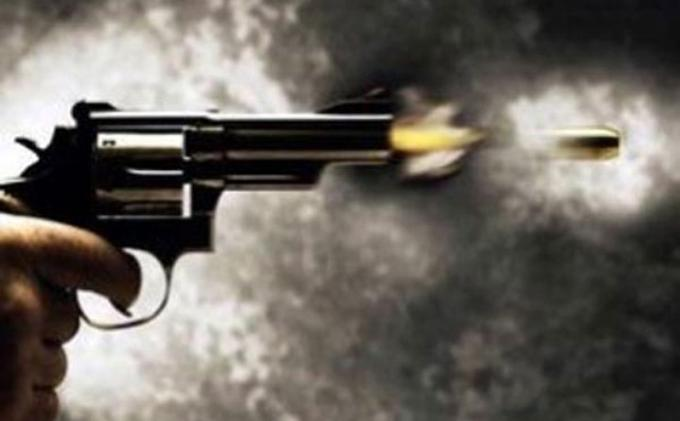 Masuk Mabes Polri, Orang Tak Dikenal Ditembak Petugas