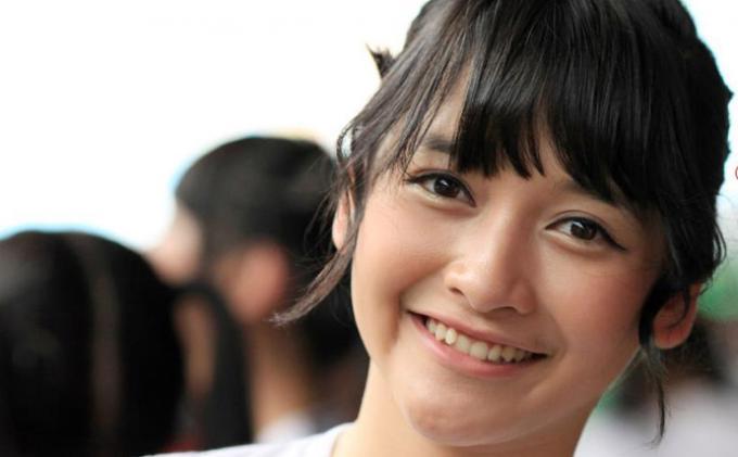Kabar Baru Dari Kinal Eks JKT48, Umumkan Pertunangan dengan Geraldi