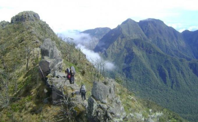 Cerita Tiga Pendaki Lansia yang Sempat Tersesat di Gunung Bawakaraeng