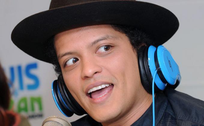 Chord Gitar It Will Rain - Bruno Mars, Lengkap dengan Lirik Lagunya