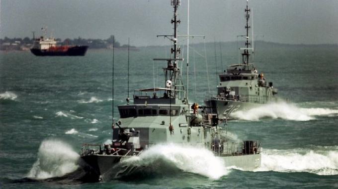 ilustrasi kapal  patroli