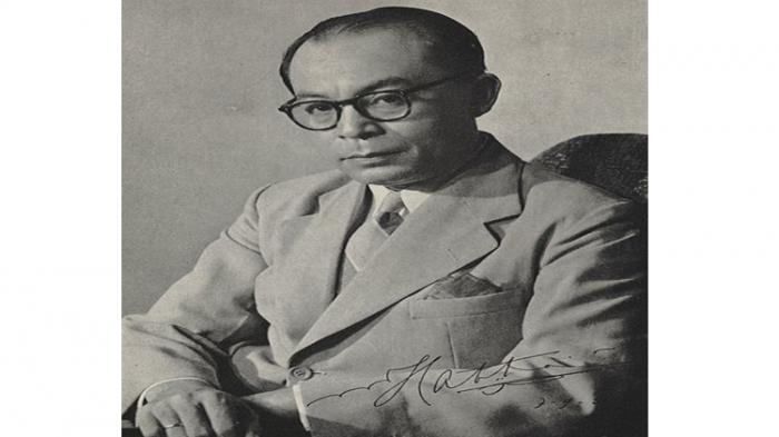 Proklamator sekaligus Wakil Presiden Pertama Republik Indonesia Dr (H.C) Drs H Mohammad Hatta. Ia lahir dengan nama Muhammad Athar dan populer sebagai Bung Hatta.