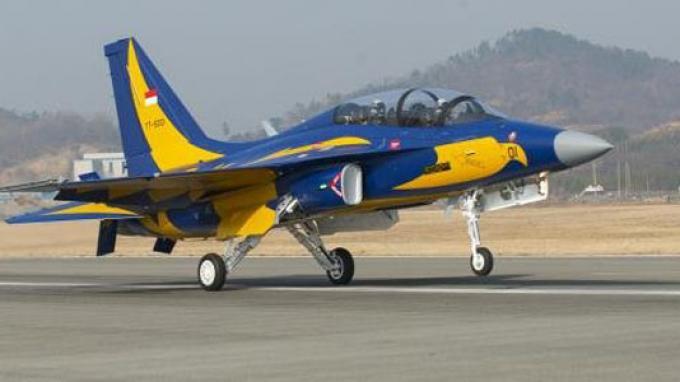 Untuk  Sementara 6 Jet Tempur T 50 TNI AU Dititipkan di  Bandara Adi Soemarmo