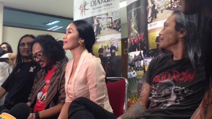 Wayang Orang Rock Ekalaya, Proses Pendewasaan Happy Salma