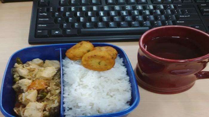 Nggak Usah Gengsi Bawa Bekal Makanan ke Kantor, Ini Lima Keuntungannya