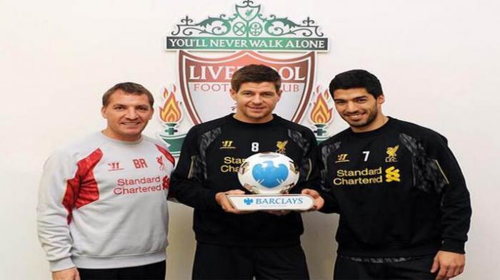 Brendan Rodgers, Luis Suarez, dan Steven Gerrard Terbaik di Liga Inggris Bulan Maret