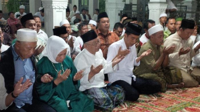 Cuma Jokowi yang Diizinkan Salat di Kamar Maimun Zubair