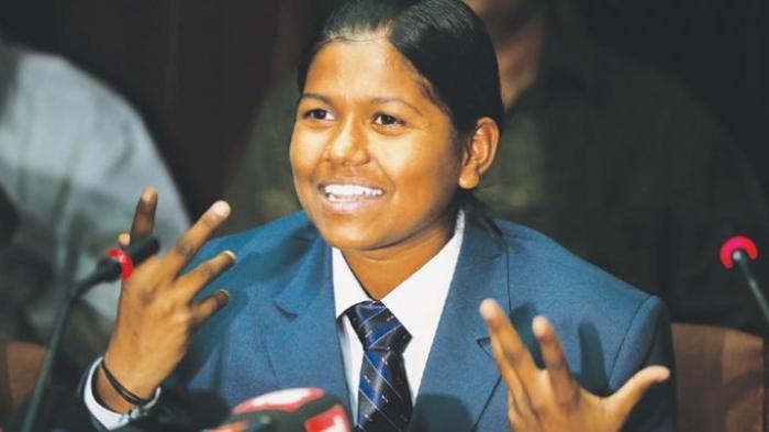 Pelajar Putri India Jadi Perempuan Termuda Penakluk Puncak Everest