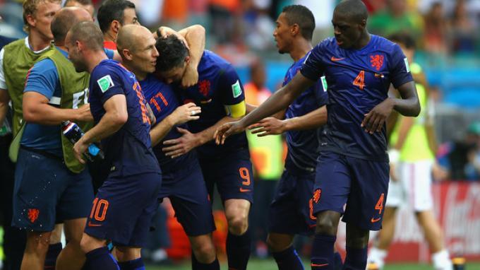 Spanyol vs Belanda: Belanda Grogoti Spanyol 5-1