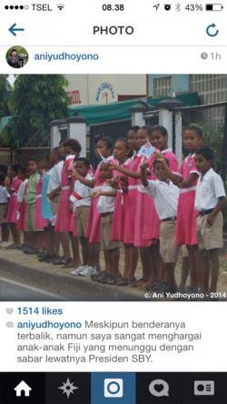 Bendera Indonesia Terbalik Iringi Kepulangan SBY di Fiji