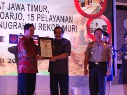 ATM Samsat Jatim Dapat Penghargaan MURI