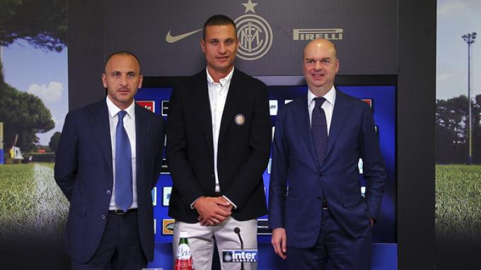 Piero Ausilio (paling kiri)