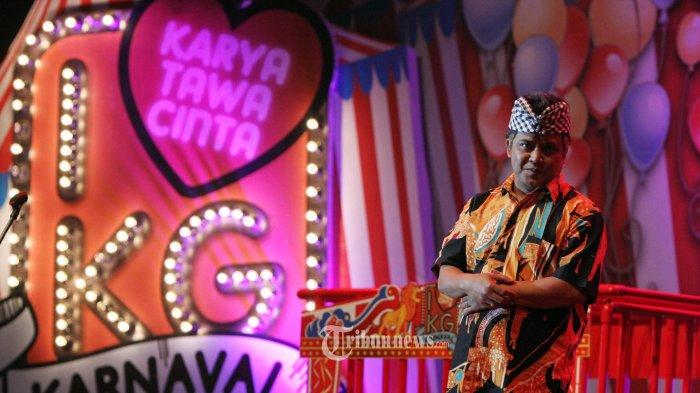 MAMIEK PRAKOSO MENINGGAL DUNIA - Pelawak senior group Srimulat Mamiek Prakoso meninggal dunia karena sakit yang dideritanya, Minggu (3/8/2014) di RS Brayat Minulya, Solo, Jateng. (Tribunnews.com/Fx Ismanto)