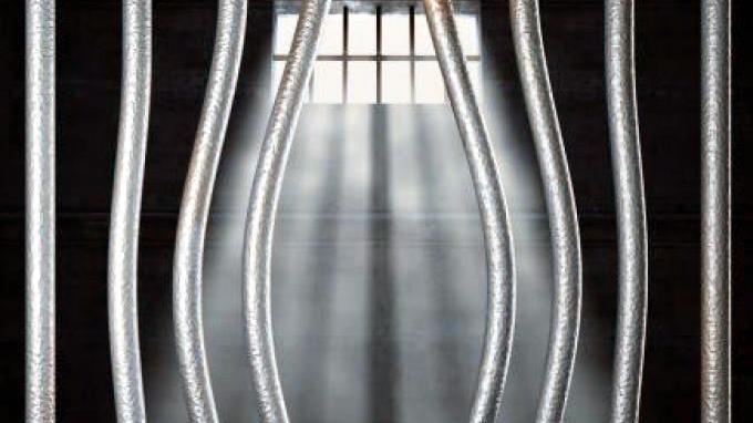 Gergaji Terali Besi, Empat Tahanan Polsek Kampar Kiri Hilir Kabur.
