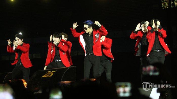 Closing Ceremony Asian Games 2018: Donghae Super Junior Menari 'Goyang Dayung'