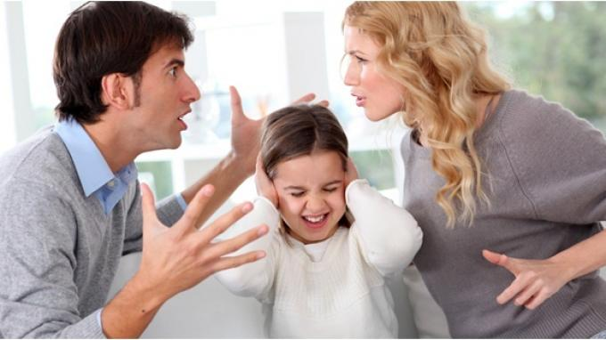 Keluarga Bisa Pengaruhi Rasa Insecure Pada Anak, Ini Dampaknya Pada Pertumbuhan Buah Hati