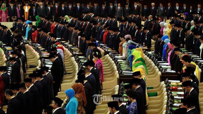 MK Izinkan Anggota DPR dan DPD Menjabat Lebih Dua Periode