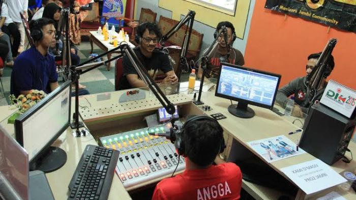 Berkunjung ke Radio RRI Pro 2 Jambi, D'Masiv Tuturkan Kisah Lagu Baru dengan Judul Unik 'Batu'
